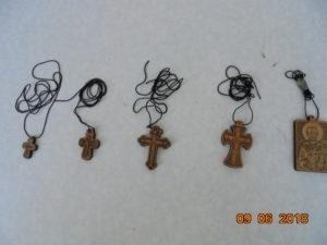 Кресты нательные деревянные