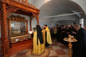 Рака  с  мощами  прп.  Александра  Свирского